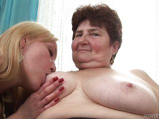 Порно старых жирных шлюх