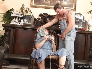 Трах бабушек фото