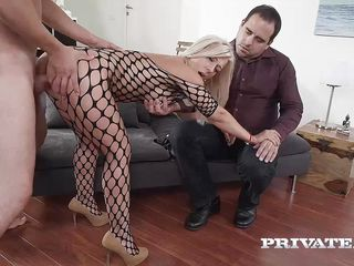 Реальное порно молодых